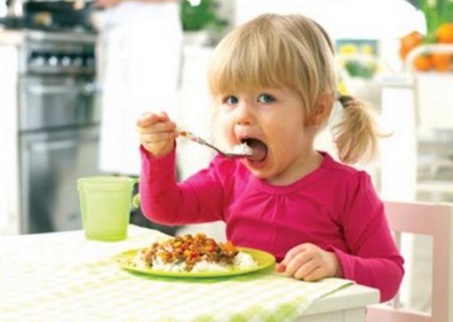crianca-comer